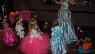 {Mummy & Me} A Royal Birthday Affair for the Minis.