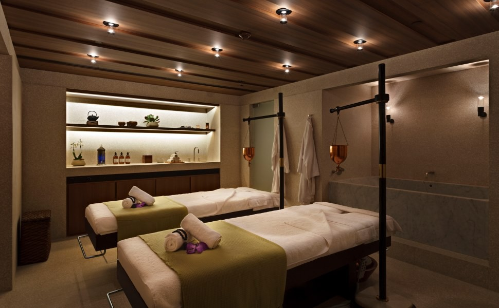 Beauty a girls spa day at the akasha spa in the cafe for Design wellness hotel