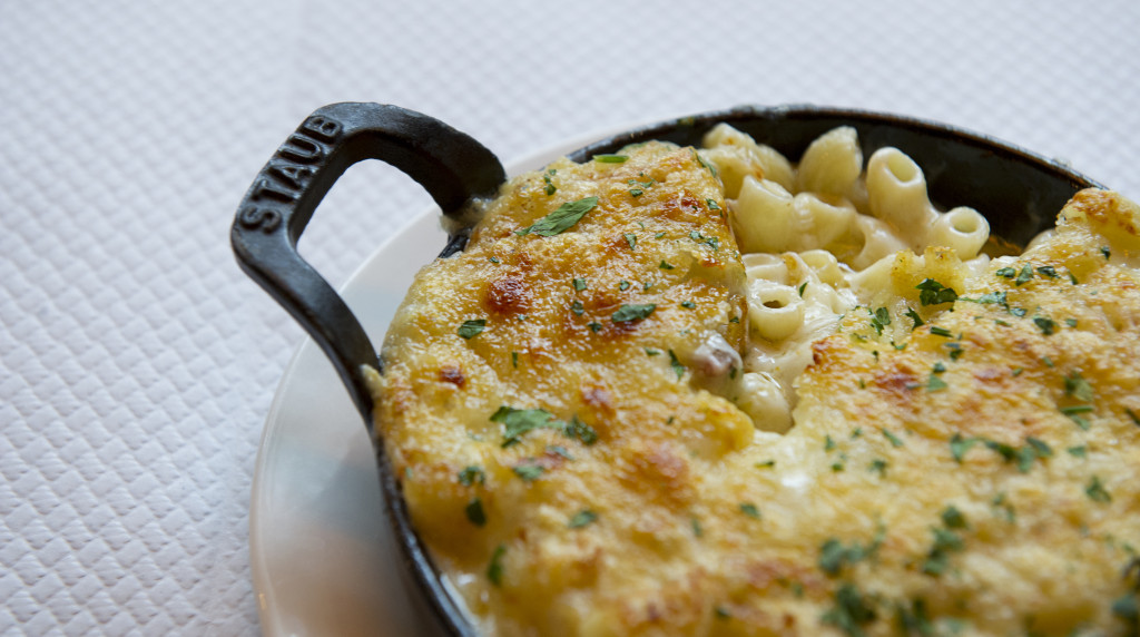 Balthazar - Macaroni cheese with bacon and Gruyere 4- to be credited to Sim Canetty-Clarke