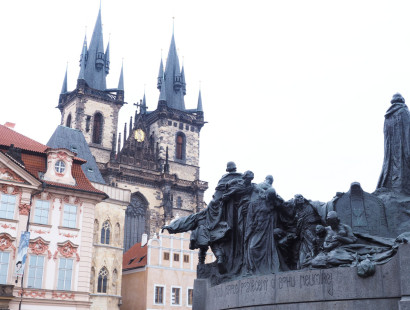 {Travel} An American Girl in Prague
